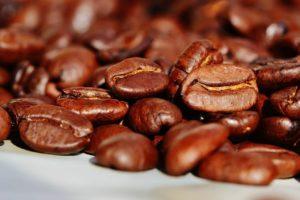 Darum ist Kaffee im Homeoffice so wichtig Neue Studie legt nahe, dass Bitterstoffe in Lebensmitteln wie Kaffee das Infektionsrisiko verringern könnten