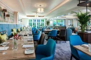 Courtyard Hamburg Airport eröffnet Bar und Restaurant nach umfassender Renovierung